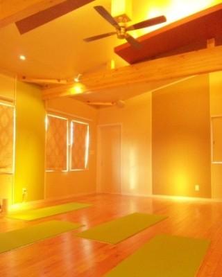 Heat Yoga Main Studio 本店スタジオの画像